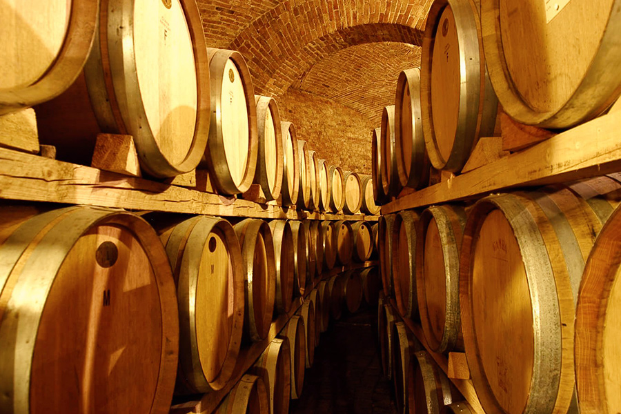 FF-Winecellars-Barriques1-new